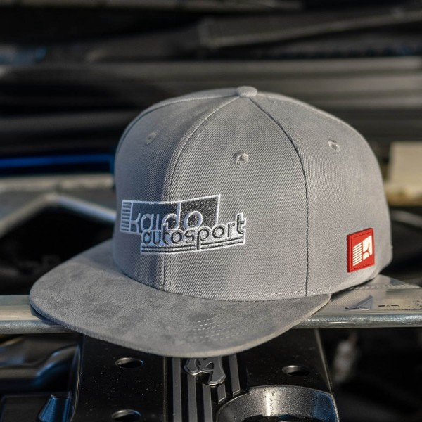 KAIDO Autosport Limited Snapback 2019, Grau mit Wildleder-Schild